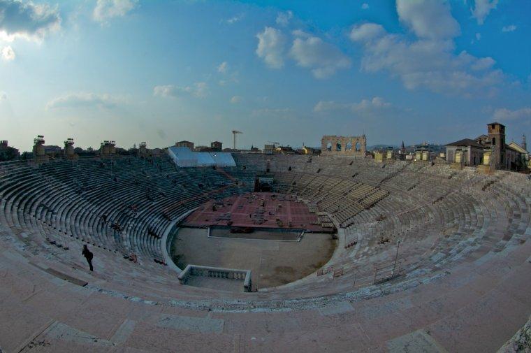 """El interior de la """"Arena"""", el coliseo de Verona"""