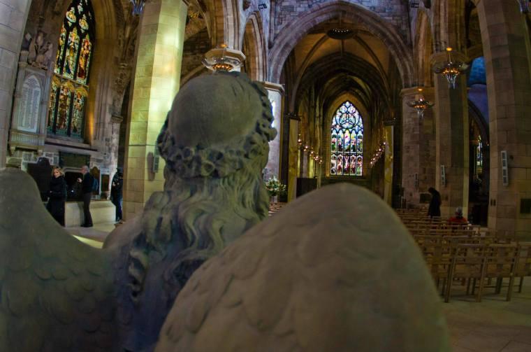 Interior de la catedral de Saint Giles en Edimburgo