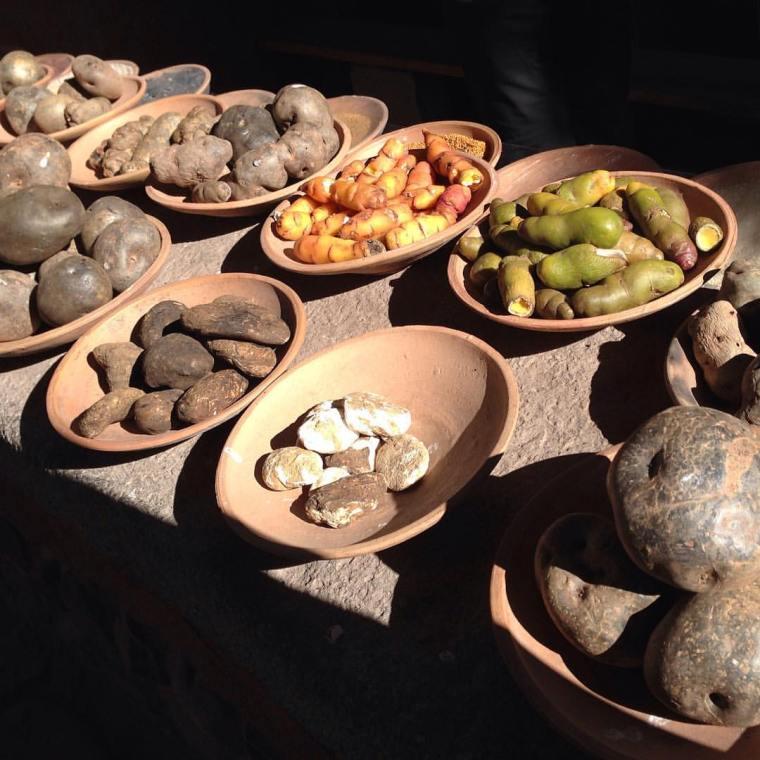 En Perú hay miles de especies de papa, de diversas formas, colores y sabores