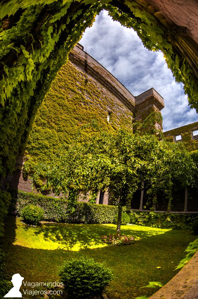 El jardín vertical que conformaba la Galería de la Reina