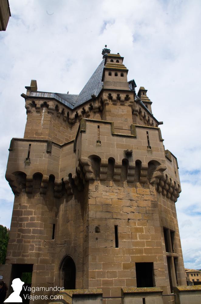 """Torre de las Tres Coronas: por su apariencia de """"casa de muñecas"""" se cree que era la sala de juegos de los niños"""