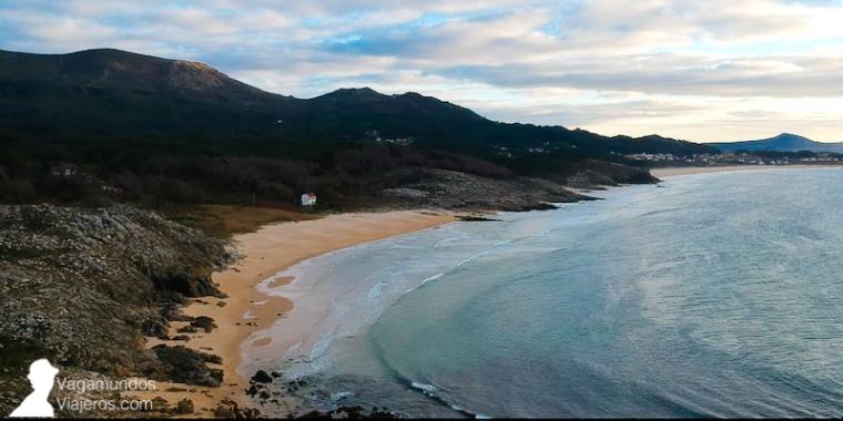 Una de las muchas playas de Arousa Norte, en la costa atlátnica de A Coruña y al norte de la ría de Arousa